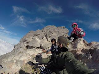 merapi volcano trekking guide