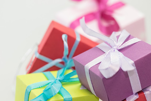 Out Of The Box Birthday Gift Ideas For Your Dear Wife