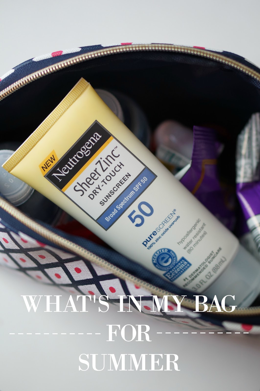 Rebecca Lately What's In My Bag Summer Neutrogena Sheer Zinc Lotion #CollectiveBias #ChooseSkinHealth #SummerSkinReady