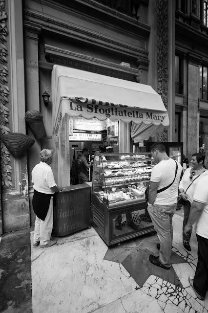 La sfogliatella di Mary-Galleria Umberto I-Napoli