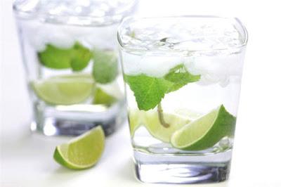 Các loại nước uống hằng ngày giúp bạn nói tạm biệt mụn