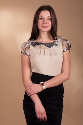 http://www.e-lenjerie.ro/bluza_de_dama_saphira_2819_bej-p6064.html?ref=28DD2C79