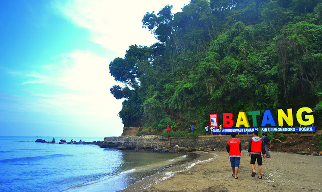 Ujung Negoro Beach