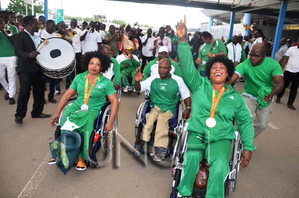 Photos: Team Nigeria athletes given heroes' welcome after Rio 2016 Paralympics