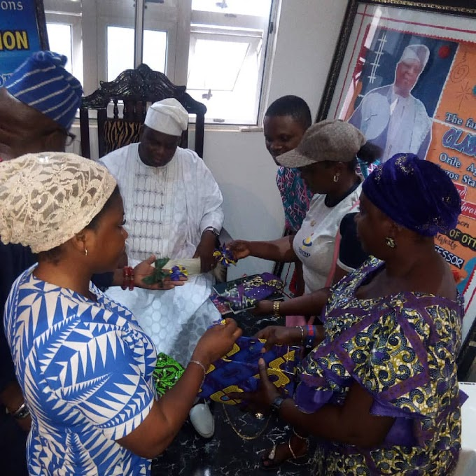 Olota of ota pay a visit to the ongoing Olota Free Skill Acquisition and Empowerment Training