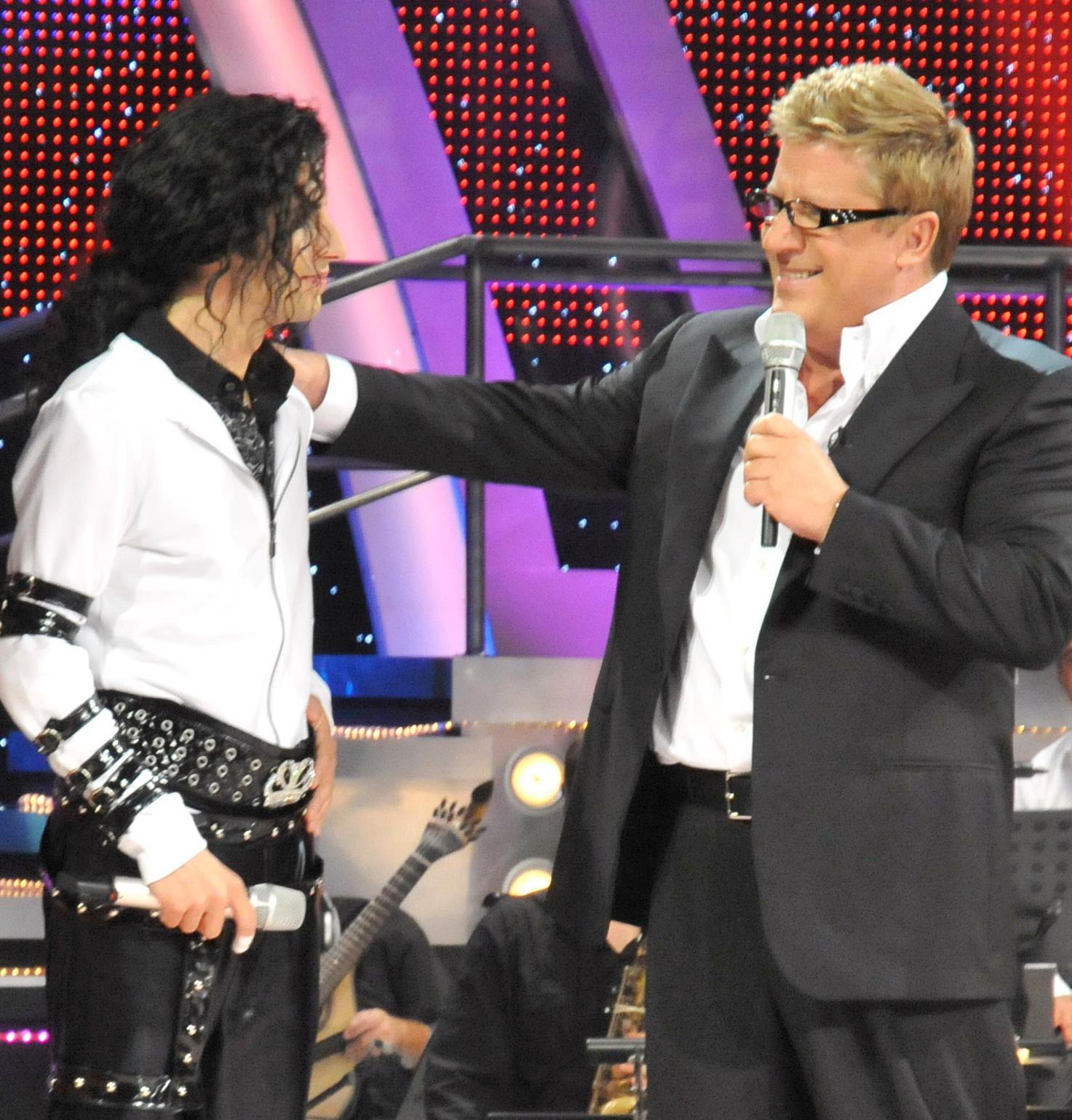 Delfim Miranda - Michael Jackson Tribute - With Herman José - Number One TV Entertainer in Portugal