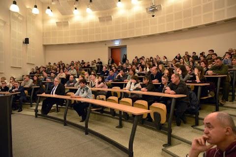 Újra kitárta négy karját a kaposvári egyetem