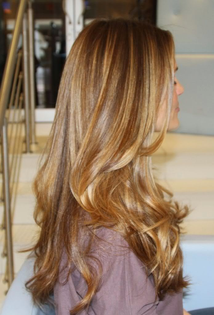 Breathtaking Ideas For Styling Your Caramel Highlights