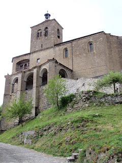 Navarra; Nafarroa; Valle del Roncal; Roncal; Erronkari; Iglesia de san Esteban