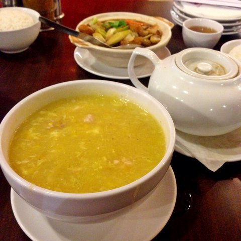 Resep Sup Kepiting Jagung Manis Sederhana Lezat