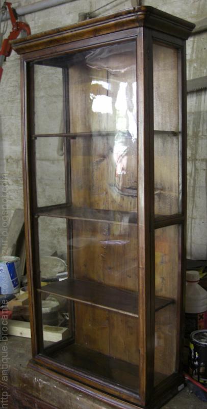 antiquit s brocante c te d 39 azur vitrine louis philippe vendu. Black Bedroom Furniture Sets. Home Design Ideas