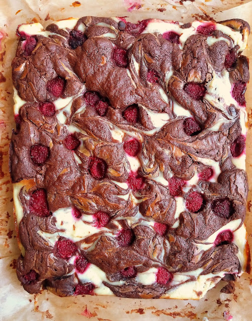Brownie z serem i malinami / Raspberry Cheesecake Brownie