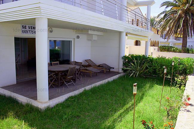 Fotos de terrazas terrazas y jardines terrazas casas for Una casa minimalista