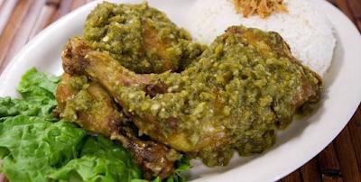 Resep Praktis Ayam Goreng Penyet Sambal Ijo Khas Banyuwangi