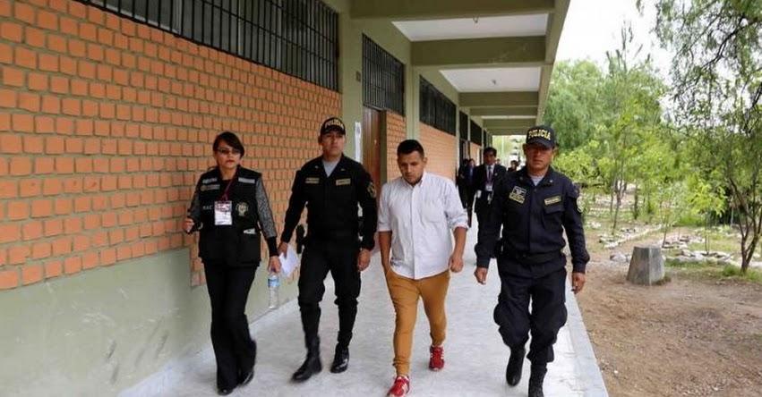 UNSCH: Policía detuvo a 13 postulantes con dispositivos electrónicos en Examen de Admisión a la Universidad Nacional San Cristóbal de Huamanga