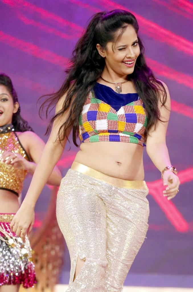 SOUTH INDIAN ACTRESS wallpapers in HD: Anasuya hot navel wapapers