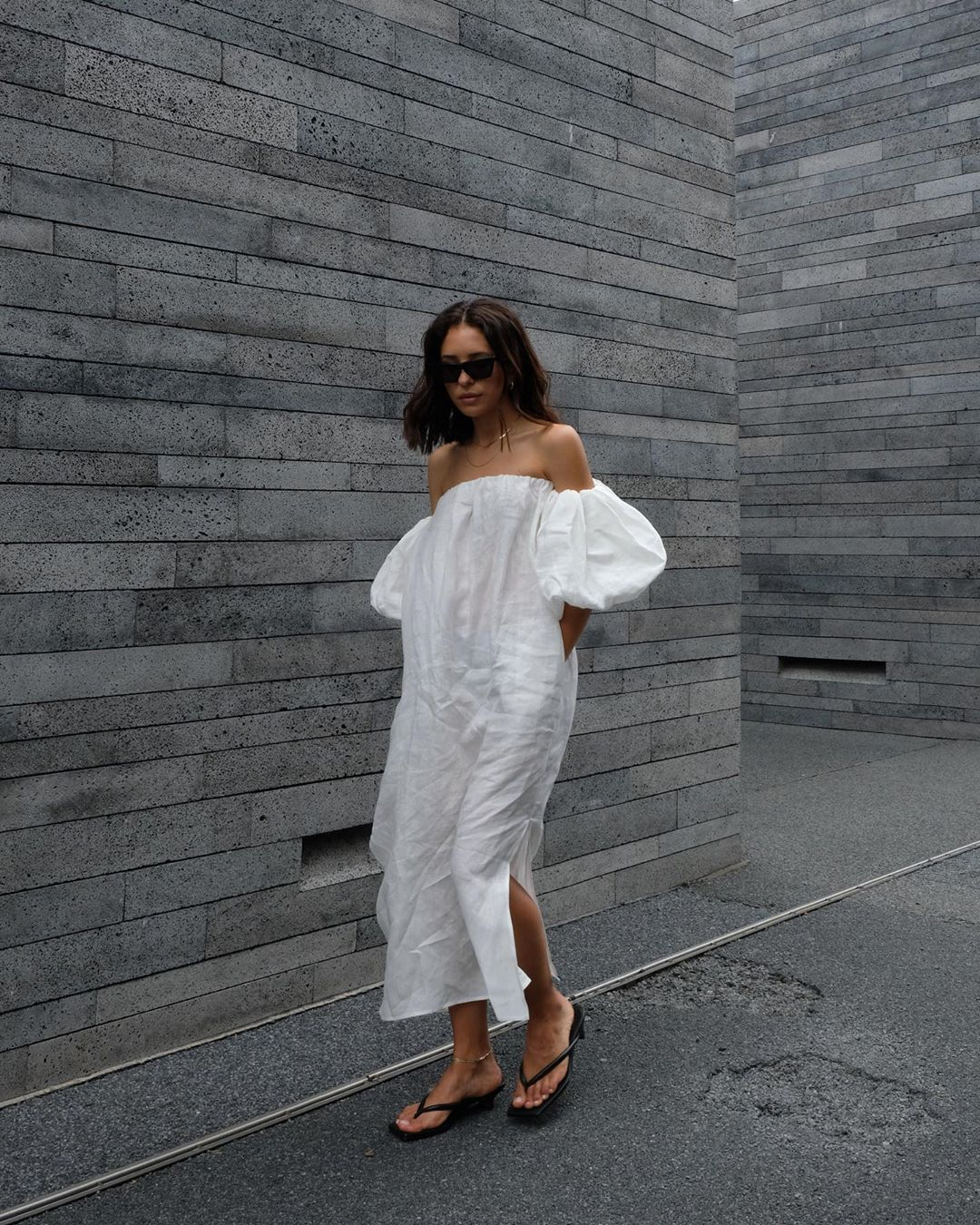 You Can Wear This Minimal Outfit The Rest Of Summer