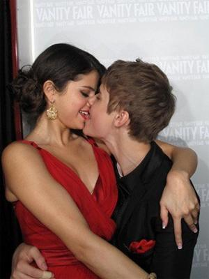 are justin bieber and selena gomez dating december 2013