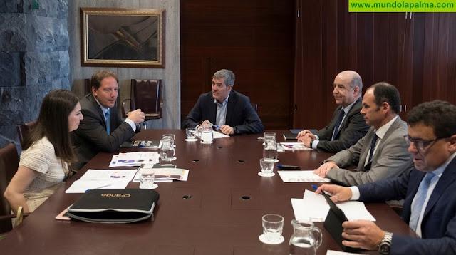 """Fernando Clavijo: """"Canarias debe posicionarse en los primeros puestos de la Agenda digital para España y reducir la brecha digital"""""""