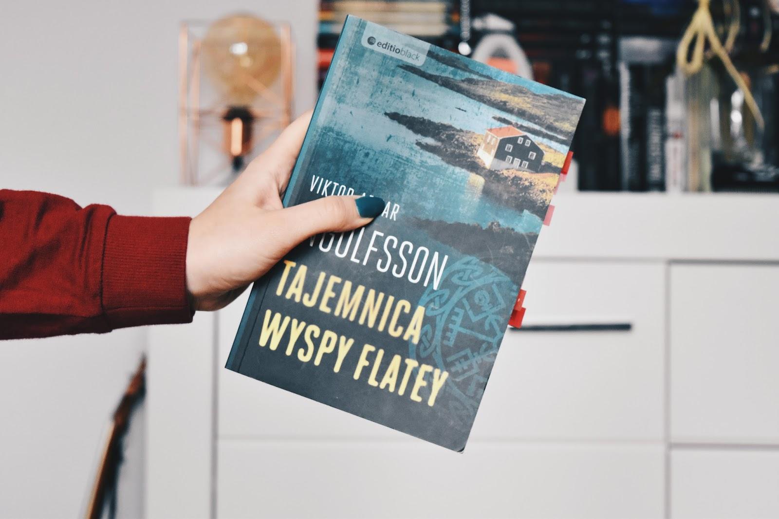 """Jaka jest """"Tajemnica wyspy Flatey""""? Ja już wiem, a Ty?"""