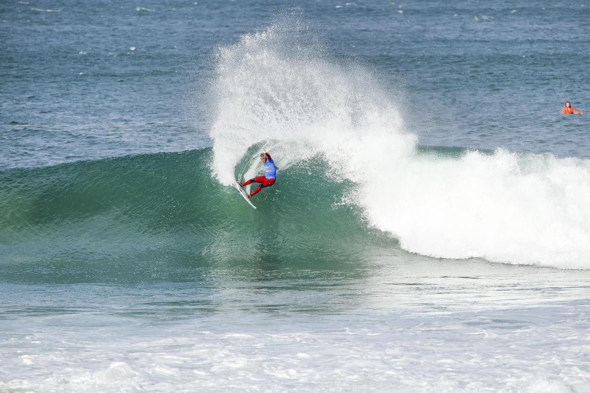 18 Filipe Toledo Corona Open JBay foto WSL Pierre Tostee
