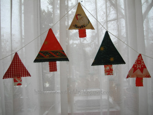 Christmas Trees Garland Tutorial - abeeautifulday.blogspot.com