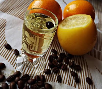 Cytrynówka z ziarnami kawy