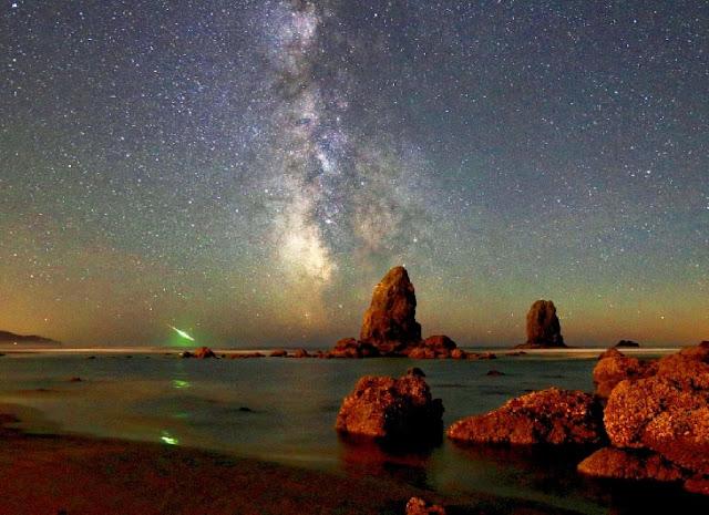 Chuva de meteoros Perseidas - James W Young