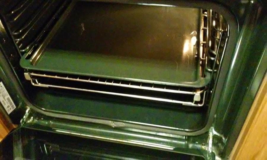 poner la bandeja al horno