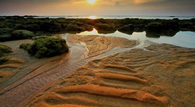 8 Pantai Terbaik Cocok Untuk Spot Foto di Kabupaten Sambas, Kalimantan Barat