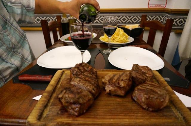 Como são os restaurantes em Bariloche?