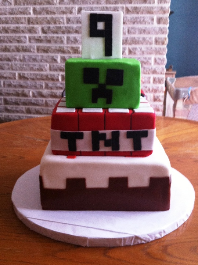 Minecraft Images For Birthday Cake : CookieD-oh: Minecraft Birthday Cake