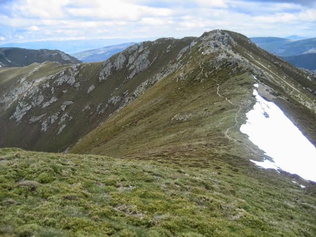 Lombo do Roncín en la ascensión a Pena Trevinca en A Veiga