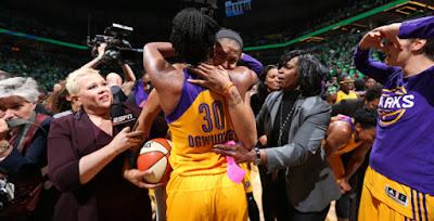 BALONCESTO (WNBA Finals 2016) - Los Angeles Sparks se coronan 14 años después con una canasta sobre la bocina de Ogwumike y anillo por fin para la insaciable Candace Parker