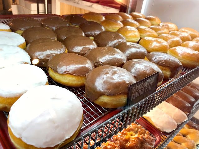 The most unique thing about The Donut Shop & the one thing that sets them apart from the other shops on the trail is their made-to-order filled donuts.