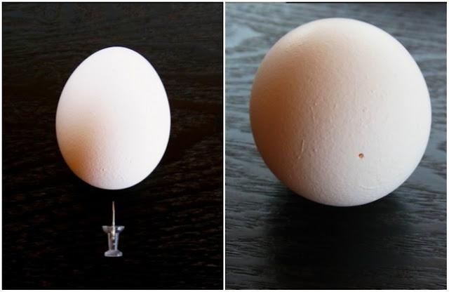 Antes de ferver um ovo, faça um pequeno furo com uma tachinha, para que depois seja fácil descascar.