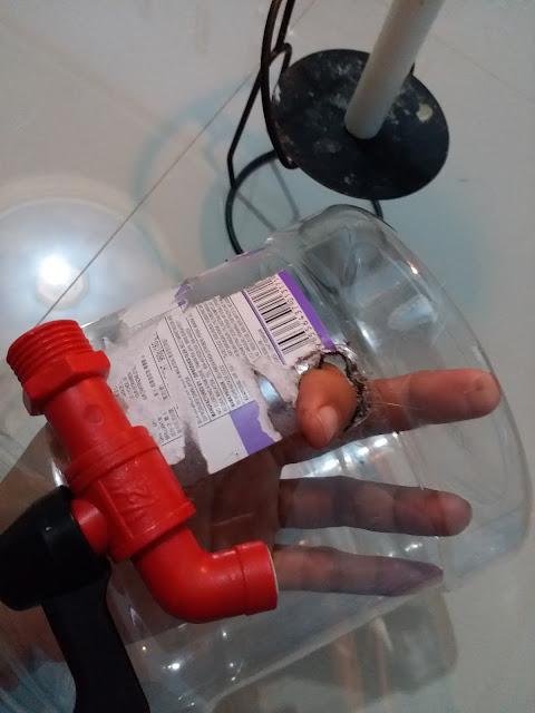 dispenser dari toples bekas