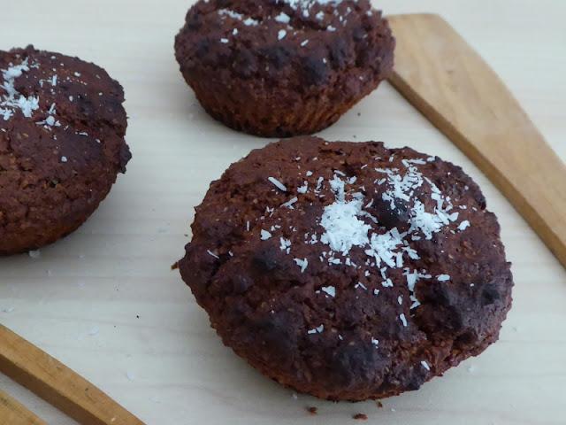 Ricetta dei muffin vegani al cocco e cioccolato