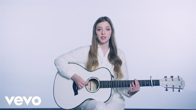 "Jade Bird Premieres ""Lottery"" Music Video"