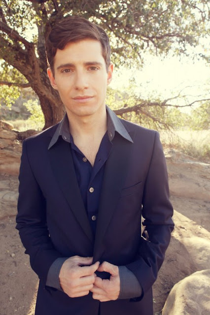Julian Morris for Troi...