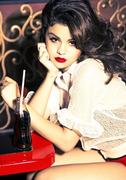 Selena Gomez - Like A Champion