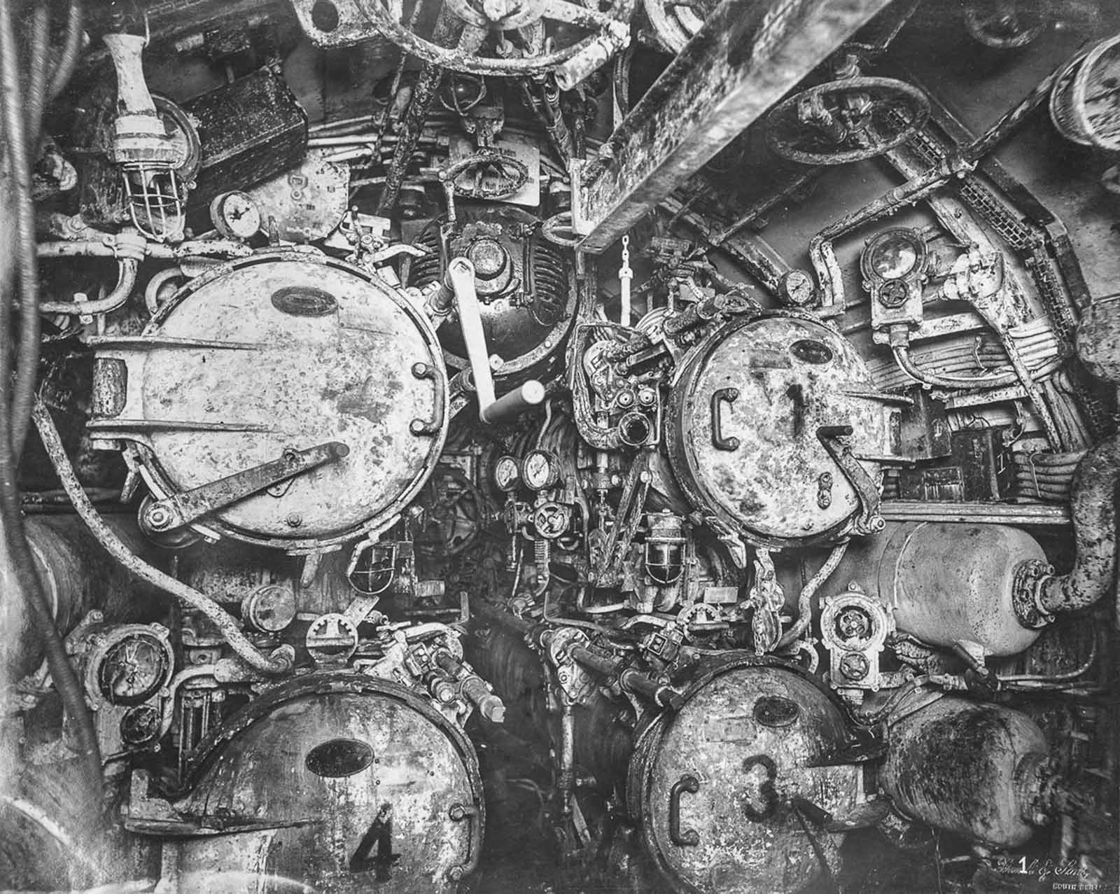 The four torpedo tubes of U-boat 110.