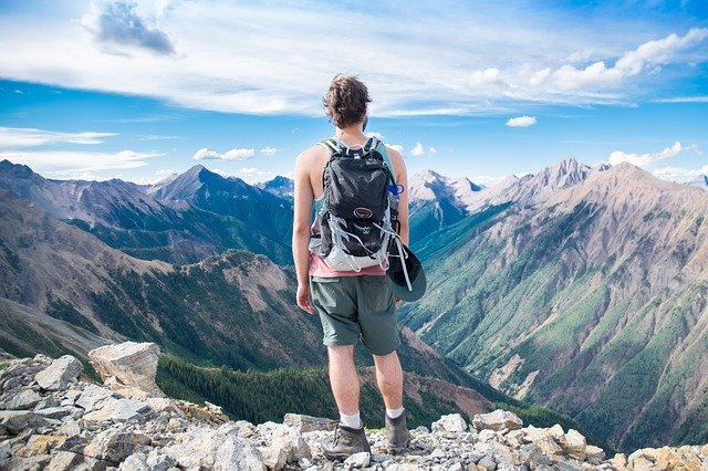 The Ultimate Backpacking Tips to Make Your Travel Easy