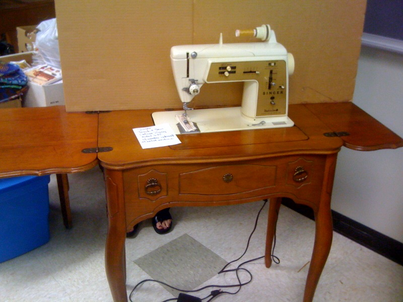 singer sewing machine for sale at threadfest fiftyforward knowles threadfest. Black Bedroom Furniture Sets. Home Design Ideas