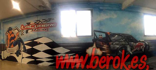 Pintura mural de La Cumbre Racing en Santa Coloma de Gramanet