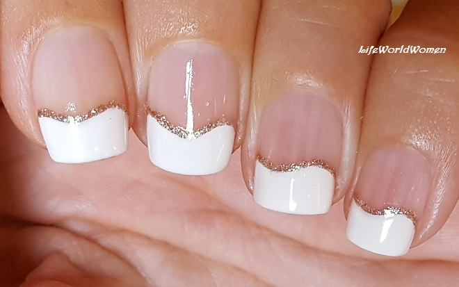 Life World Women Beige Gold Wavy French Manicure For Short Nails