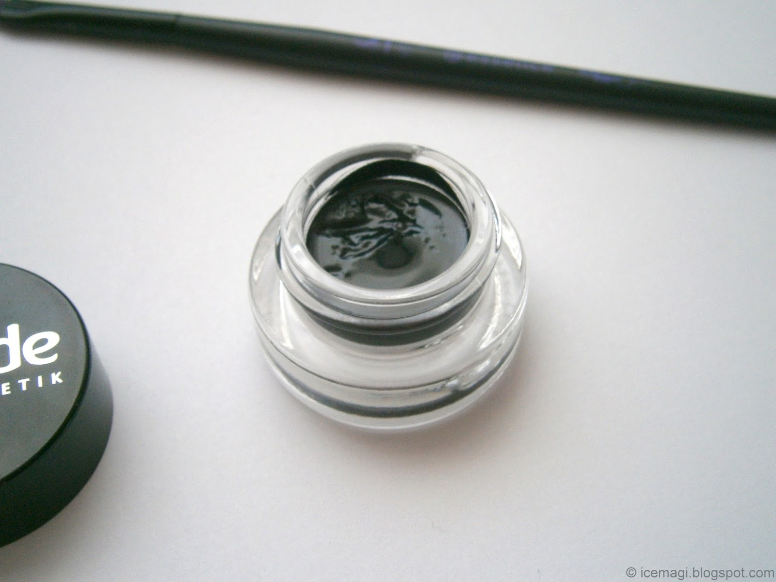 Alverde gel eyeliner review