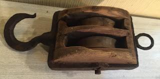 Resultado de imagen de poleas antiguas de madera BARCOS