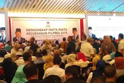 Pendukung Prabowo-Sandi Mulai Penuhi Ballroom Grand Sahid