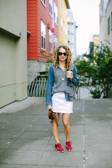 how to style sneakers with denim skirt